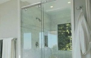 sliding framless shower