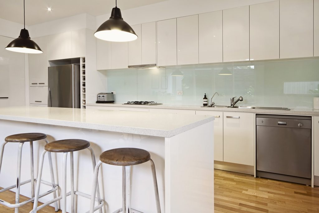 White splashbacks in contemporary kitchen