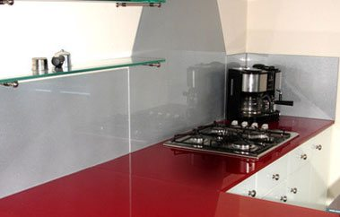 red work top /grey splashback