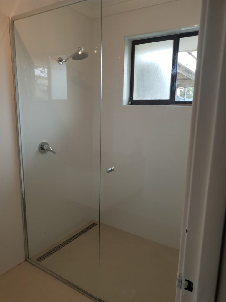 simple glass shower screen