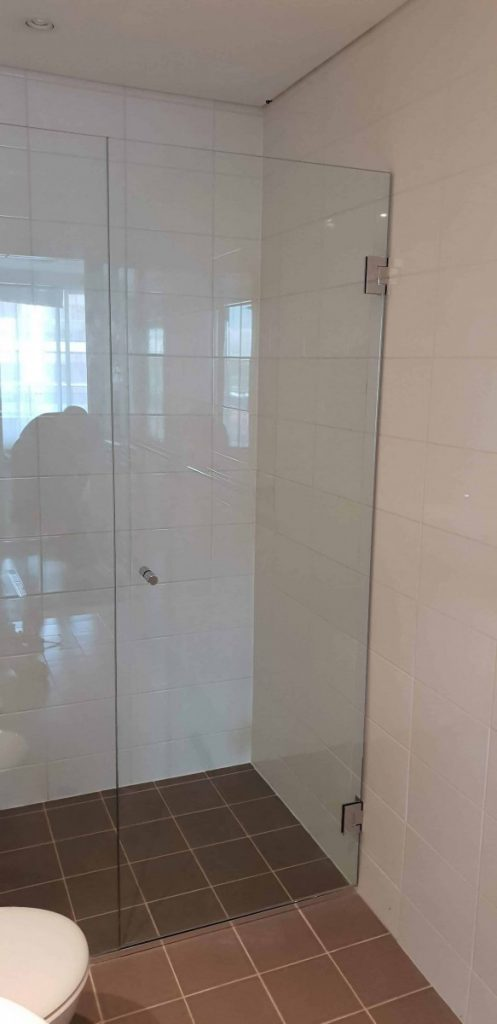 Frameless Shower Screen Enclosure Clear 06