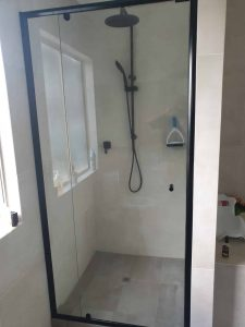 Full Black Frame Clear Shower Screen Enclosure 07