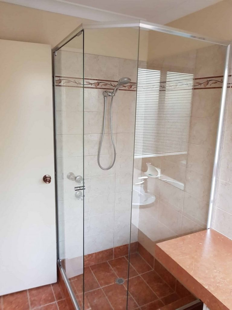 Semi Frameless Shower Screen Enclosure Clear 01