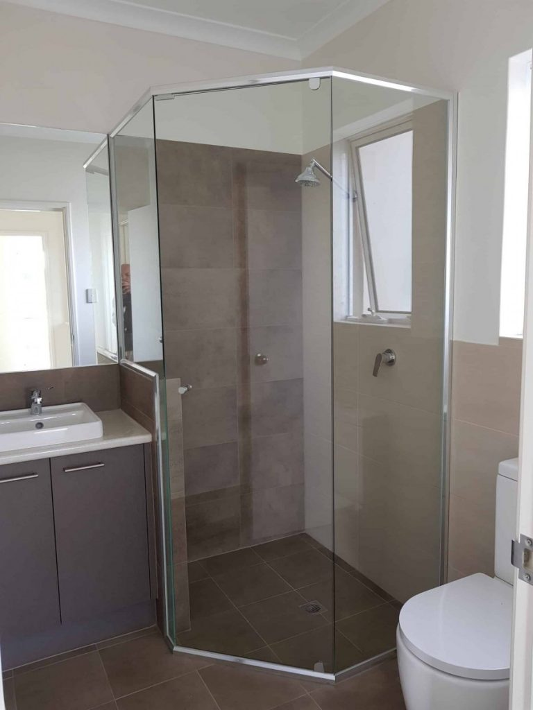 Semi Frameless Shower Screen Enclosure Clear 04