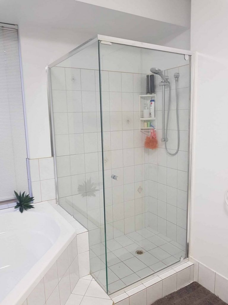 Semi Frameless Shower Screen Enclosure Clear 09